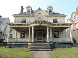 abandoned mansions for sale cheap crumbling mansions for under 100 000