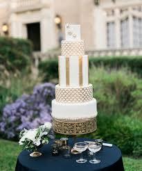 Wedding Cake Green 20 Deliciously Decadent Art Deco Wedding Cakes Chic Vintage Brides