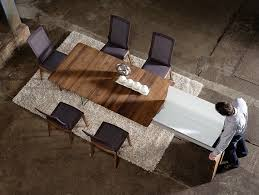 Expandable Dining Tables The Secret To Making Guests Feel Welcome - Pull out dining room table