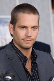Kurzhaarfrisuren Mann by Kurzhaarfrisuren Mann Paul Walker Trägt Sie Männerfrisuren