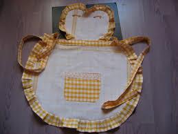 les modeles de tablier de cuisine tablier de serveuse vichy et dentelle paminatelier com les tutos