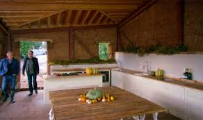 Grand Designs Kitchen Design Ideas Grand Designs Kevin Mccloud Sees Couple Build Plough Shaped Roof