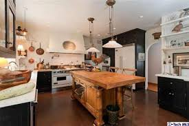 farm table kitchen island farm style kitchens impressive best 20 farmhouse kitchens ideas