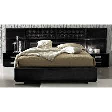 best 25 black leather bed ideas on pinterest vaulted ceiling