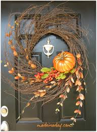Fall Home Decorating by 67 Cute And Inviting Fall Front Door Décor Ideas Digsdigs
