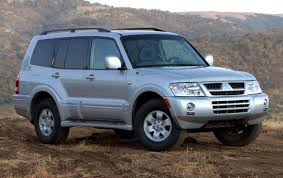 mitsubishi pajero sport 2005 2005 mitsubishi montero information and photos zombiedrive