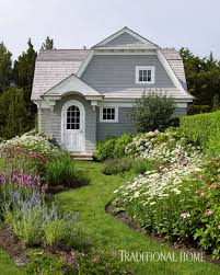 Building A Guest House In Your Backyard Lovley Hamptons Guest Cottage Traditional Home