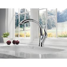 delta faucet 4153 dst linden polished chrome pullout spray kitchen