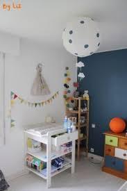 chambre de petit garcon chambre bebe avec mur bleu canard chambre garcon
