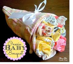 awesome baby shower gifts best 25 baby shower gifts ideas on card basket