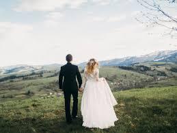 destination wedding tips for planning a destination wedding business insider