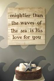 Nautical Bathroom Decor by Best 25 Beach Themed Bathroom Decor Ideas On Pinterest Ocean