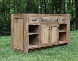 Reclaimed Wood Vanity Table Best 25 Reclaimed Wood Vanity Ideas On Pinterest Wooden