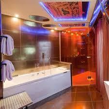 hotel chambre avec miroir au plafond hotel chambre avec miroir au plafond 2 nuit romantique les