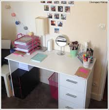 comment organiser mon bureau chambre petit rangement maquillage my moment mon