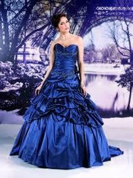 robe de mari e bleue robe de mariée princesse blanche et bleu nuit pinteres