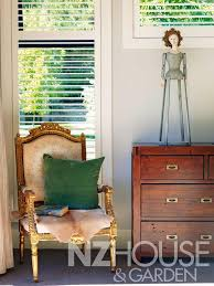 a quiet corner in an arrowtown cottage country style