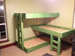 Three Person Bunk Bed Bedroom Keep Save The Room Space Area With Three Person Bunk Bed