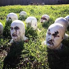 Haunted Outdoor Halloween Decorations by 145 Best Halloween Images On Pinterest Halloween Stuff