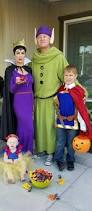 family halloween costumes for 3 best 25 dwarf costume ideas on pinterest seven dwarfs costume