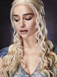 Emilia Clarke Bathtub Best 25 Emilia Clarke Tattoo Ideas On Pinterest Daenerys