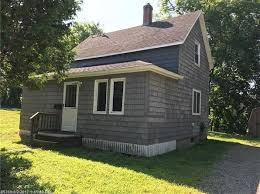 Cottages For Rent Near Me Auburn Real Estate Auburn Me Homes For Sale Zillow