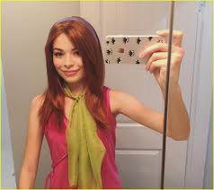 miranda cosgrove u0026 jennette mccurdy reunite for scooby doo group
