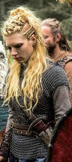 how to plait hair like lagertha lothbrok lagertha braids 3 if you like love adore ragnar visit the link