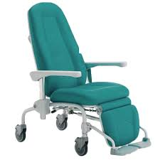 fauteuil de malade handicat