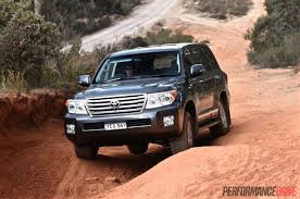 toyota cruiser lifted 2015 toyota landcruiser sahara diesel review video