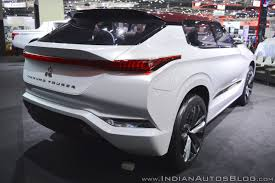 mitsubishi concept 2017 mitsubishi ground tourer phev concept at thai motor expo 2017