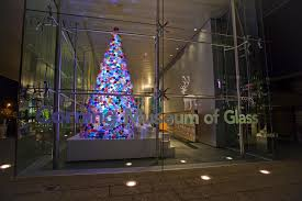this one of a tree is made of 2 000 handmade glass