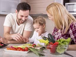 cuisiner avec un enfant 10 conseils pour cuisiner avec un enfant biba