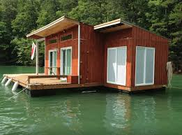 Airbnb Houseboats | 5 amazing houseboats you can rent on airbnb