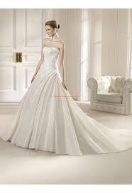 robe de mariã e classique robe de mariée classique satin application 2014