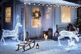 Christmas Lights Projector On House by Christmas House Lighting Ideas Christmas Light Ideas