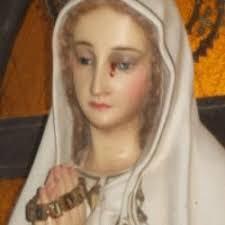 imágenes religiosas que lloran sangre una imagen de la virgen de fátima llora sangre en catamarca