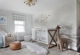 ducduc campaign crib with oversized wool giraffe transitional