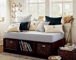 decorating ideas for daybeds bedroom with a daybed room decorating