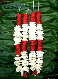indian wedding flower garlands traditional wedding hindu garlands w white mums buds 44