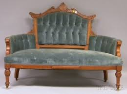 Loveseat Settee Upholstered Search All Lots Skinner Auctioneers