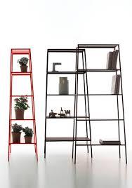 scaffale da esterno scaffale moderno in metallo verniciato da esterno h h by