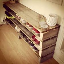 Diy Wooden Storage Bench by Best 25 Shoe Rack Pallet Ideas On Pinterest Diy Shoe Rack Shoe
