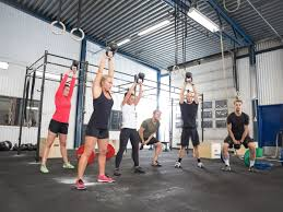 Trx Ceiling Mount Weight Limit by Ten Boutique Fitness Workouts That Rival Climbing Mount Everest