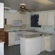 Popular Colors For Kitchens by Best 25 Popular Kitchen Colors Ideas On Pinterest Wood Tile