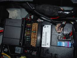 photo of rear fusebox with fuses in audiworld forums