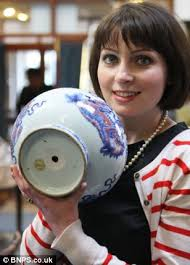 Chinese Vases Uk Chinese Vase Sells For 50 000 But It Could Have Been Worth