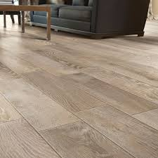 naturals wood look porcelain tile by mediterranea usa