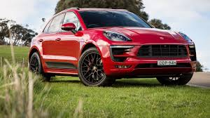 porsche 2017 4 door 2017 porsche macan range sees new four cylinder base model added