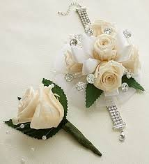 corsages and boutonnieres for prom 101 best flowers for prom images on prom flowers